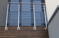 balustrada-nierdzewna-ze-szkem-bezpiecznym-wrocaw